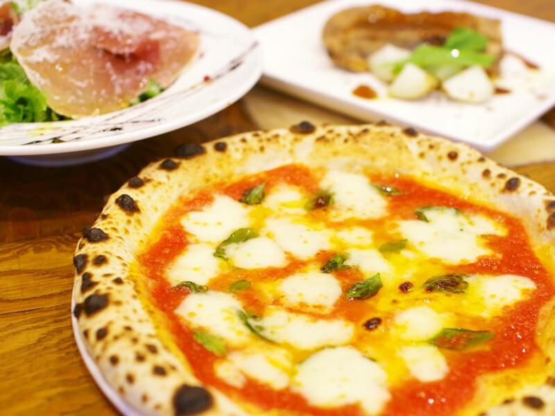 pizzeria TACCATOのピッツァ