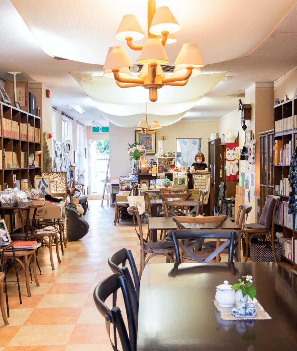 Café 杏奴 店内